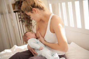 breastfeeding baby | breastfeeding and mastitis